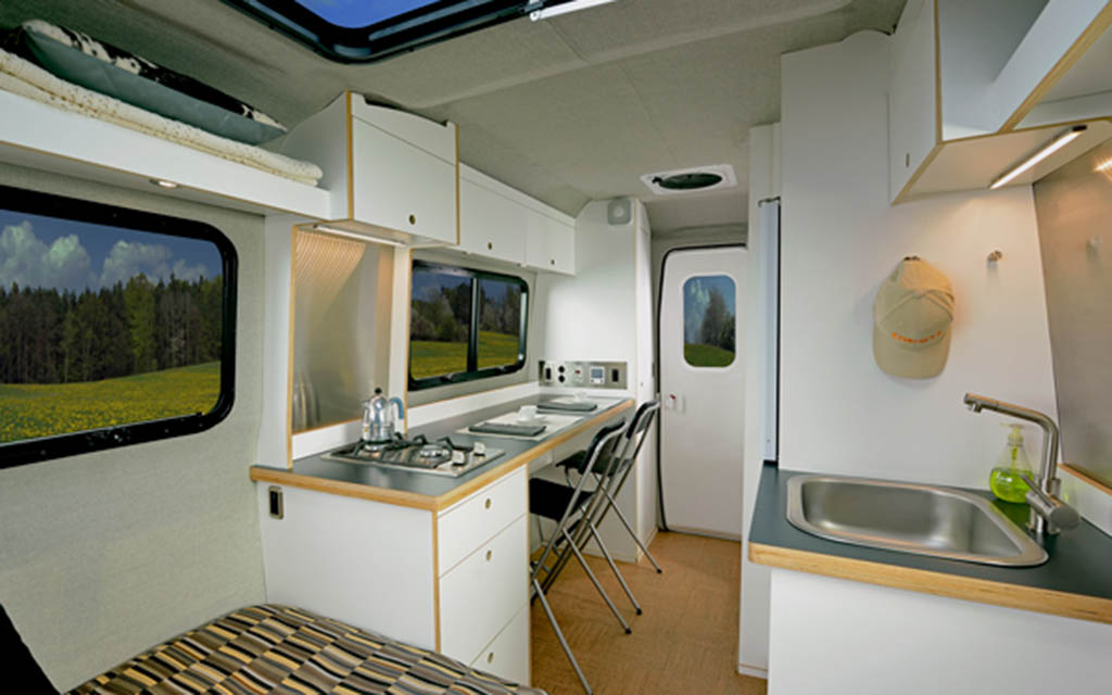 Airstreams Nest Caravans Trailers Are Small And Towable